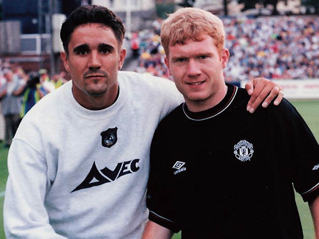 Meaks with Paul Scholes